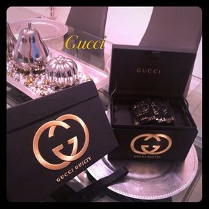 ✨Gucci Jewelry or Make up Box ✨
